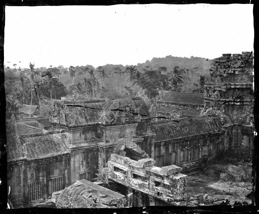 L0056553 Angled view of the Angkor Wat complex.