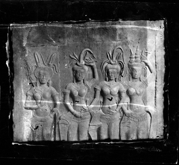 L0056563 Bas-relief panel Nakhon Thom