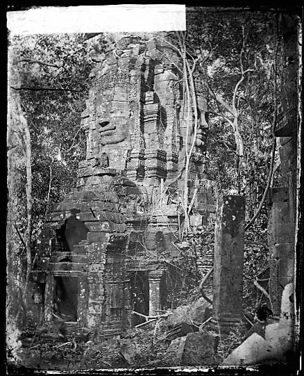 L0056125 A tower at Nakhon Thom