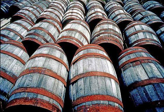 wine-barrels-old